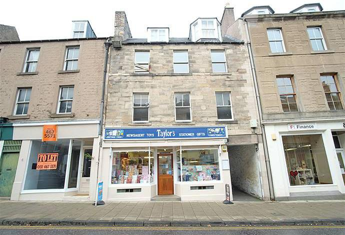2 Bedrooms Flat for sale in 16a High Street, Jedburgh, TD8 6AG