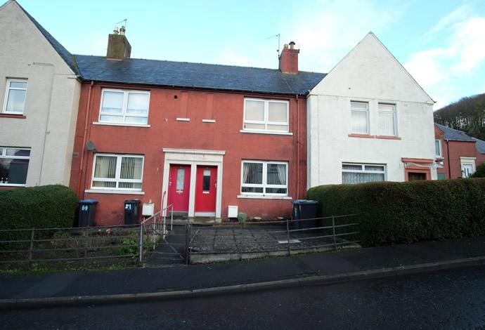 3 Bedrooms Terraced House for sale in 50 Weensland Park, Hawick, TD9 9RP