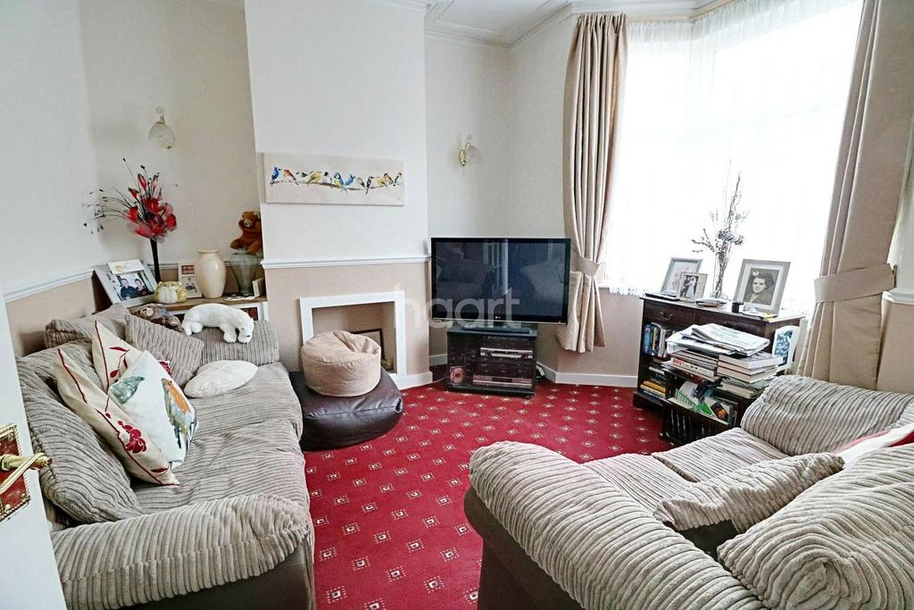 2 Bedrooms Terraced House for sale in Newport Road, Walthamstow