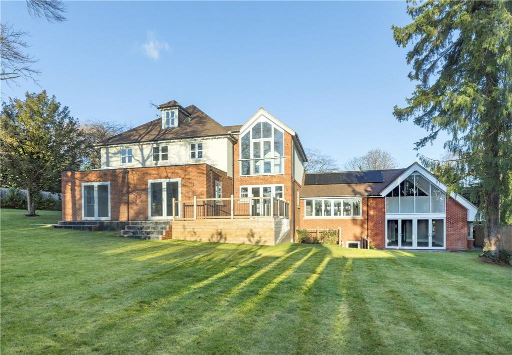 6 Bedrooms Detached House for sale in Leatherhead Road, Oxshott, Leatherhead, Surrey, KT22