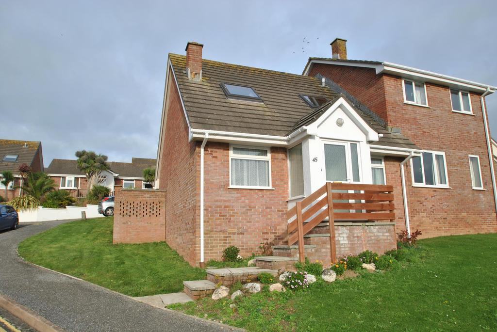 3 Bedrooms Semi Detached Bungalow for sale in Penmere Drive, Newquay