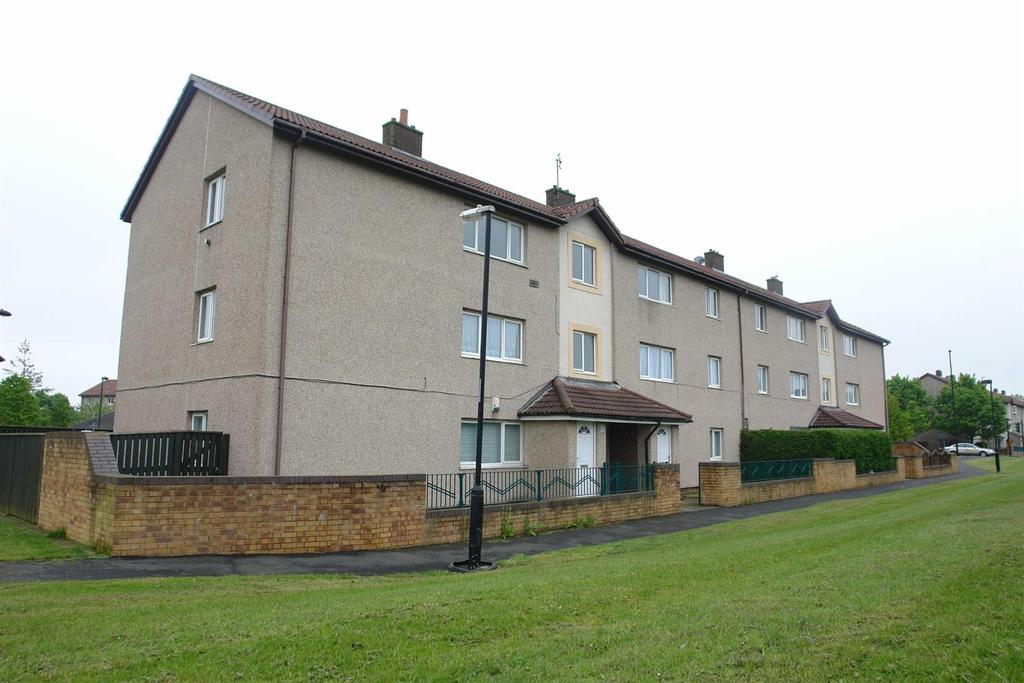 2 Bedrooms Flat for rent in Byland Road, Longbenton, Newcastle