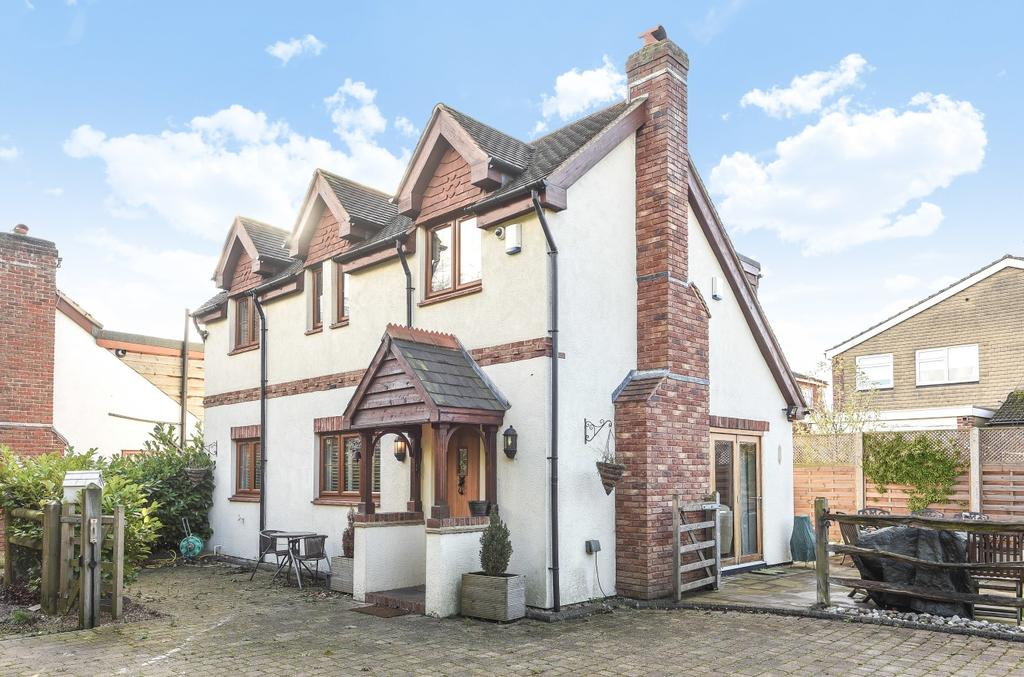 3 Bedrooms Detached House for sale in Brewery Road Bromley BR2