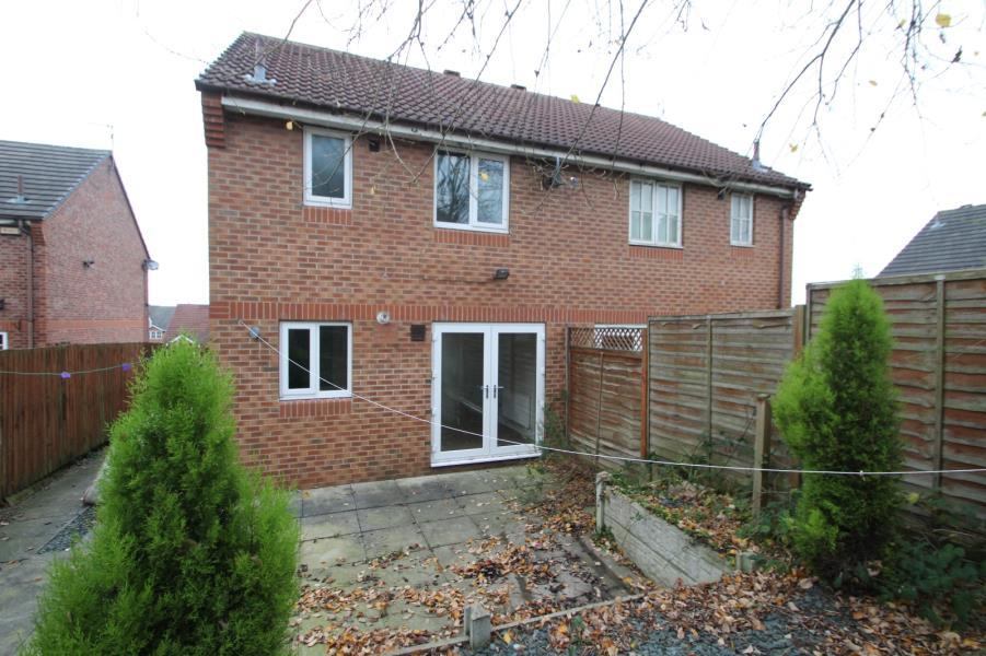 3 Bedrooms Semi Detached House for sale in WENSLEYDALE DRIVE, LEEDS, LS12 2HU