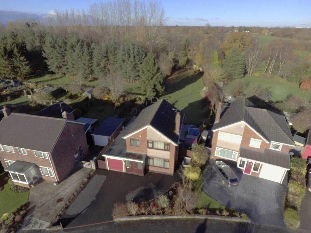 3 Bedrooms Detached House for sale in Greenfield Crescent, Waverton