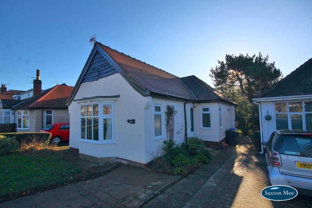 2 Bedrooms Bungalow for rent in 209 Abbey Lane, Beauchief, S8 0BT