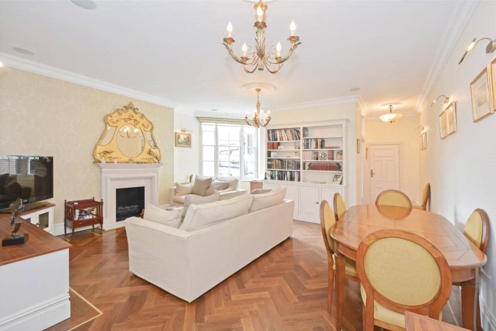 2 Bedrooms Flat for sale in Montagu Mansions, Marylebone, London, W1U