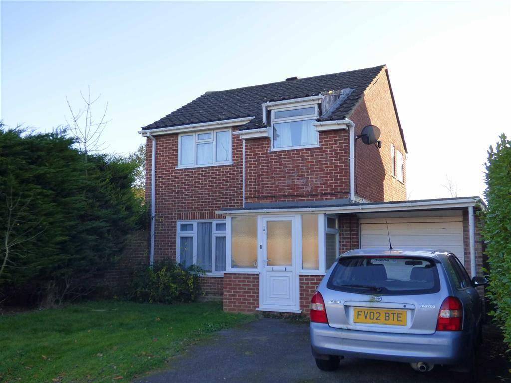 3 Bedrooms Detached House for sale in Sopwith Crescent, Merley, Wimborne, Dorset