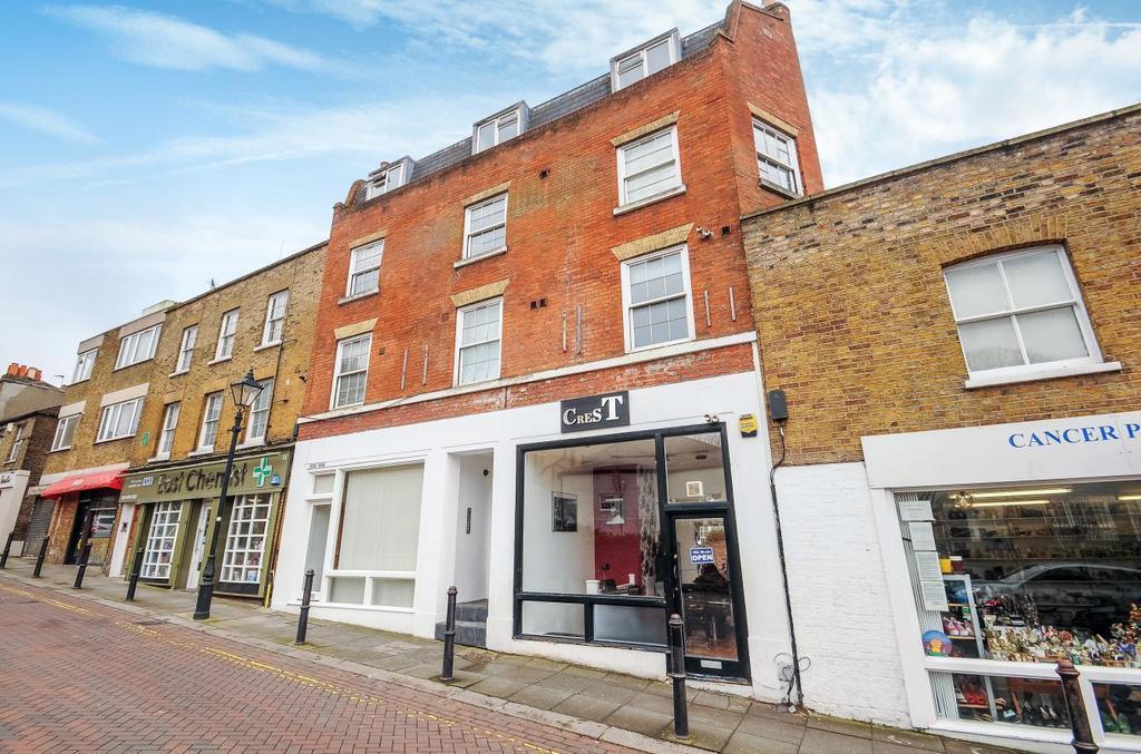 2 Bedrooms Flat for sale in Roehampton High Street, Roehampton