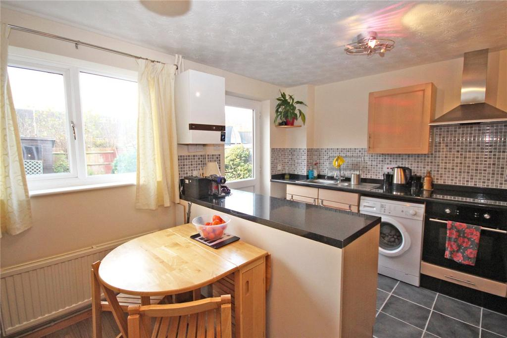 2 Bedrooms Terraced House for sale in Wellington Drive, Welwyn Garden City, Hertfordshire