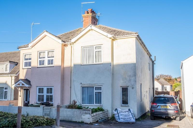 3 Bedrooms Semi Detached House for sale in Recreation Road, Parkstone, Poole