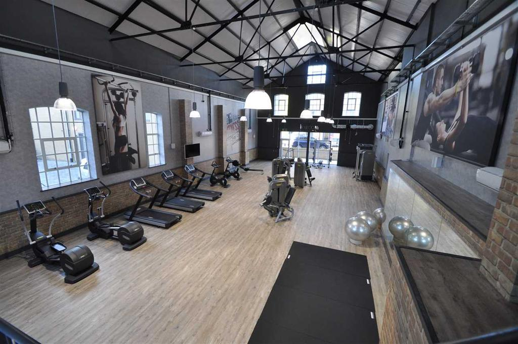 Residents gym & concierge