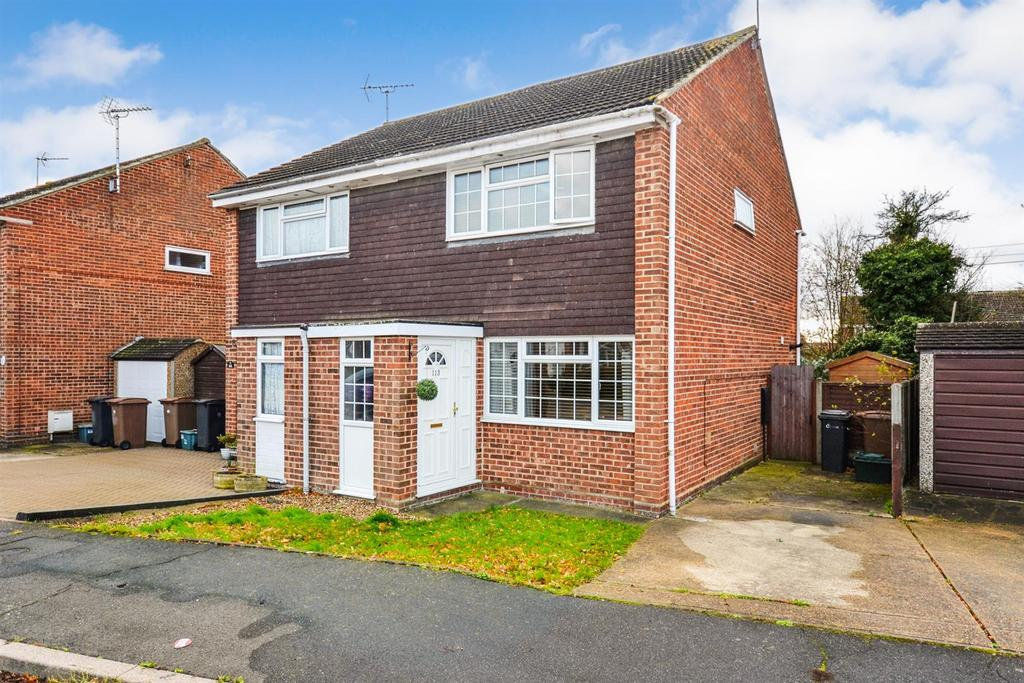 2 Bedrooms Semi Detached House for sale in East Bridge Road, South Woodham Ferrers, Chelmsford