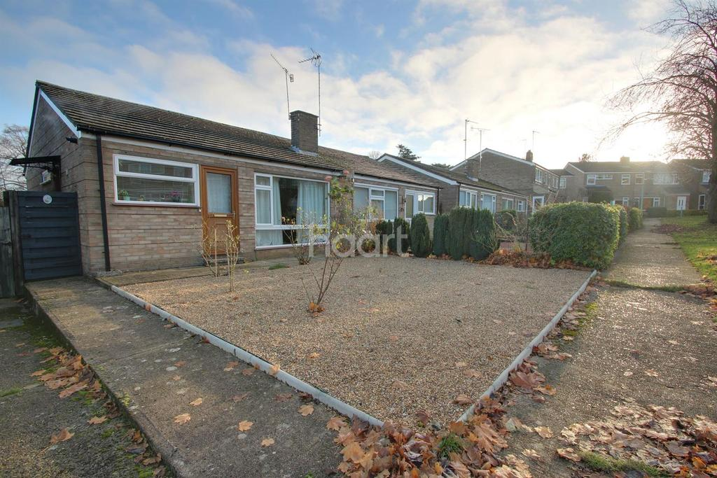2 Bedrooms Bungalow for sale in Lindisfarne Road