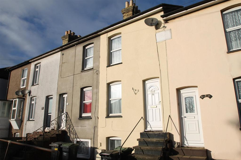 3 Bedrooms Terraced House for sale in London Road, Ditton, Aylesford