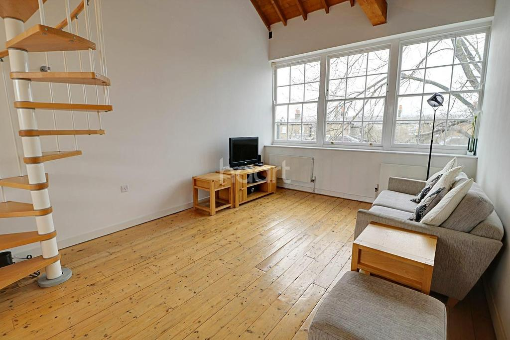 2 Bedrooms Terraced House for sale in Island Centre Way, Enfield, EN3