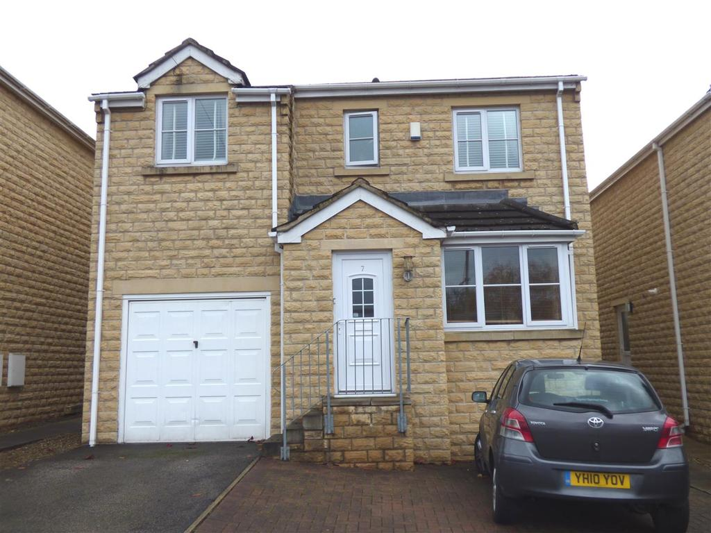 4 Bedrooms Detached House for sale in Keasden Close, Thackley, Bradford, BD10 0SF