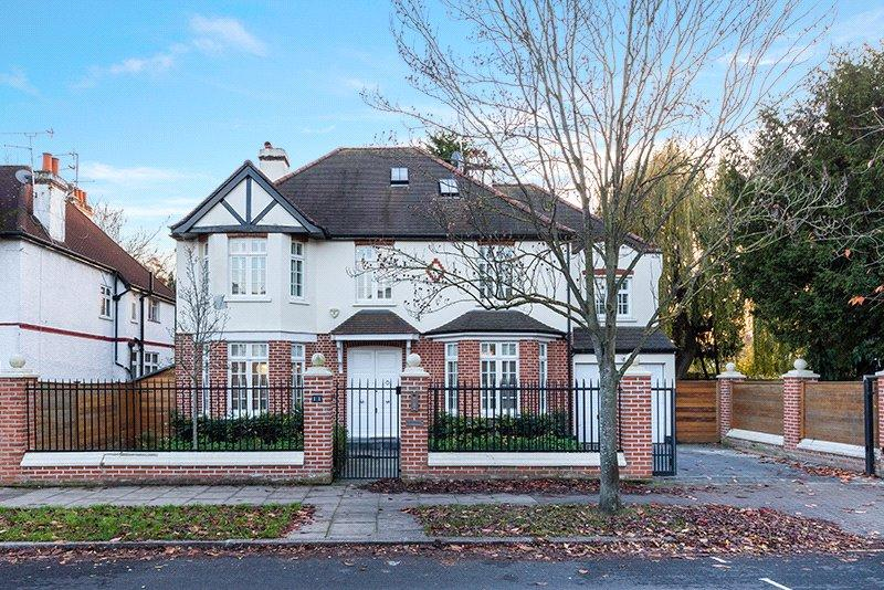 5 Bedrooms Detached House for sale in Chesterfield Road, Chiswick, London, W4