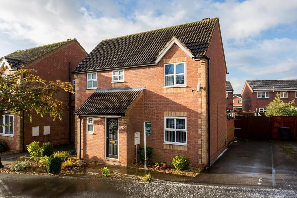 3 Bedrooms House for sale in Peartree Close, Barlby, Selby