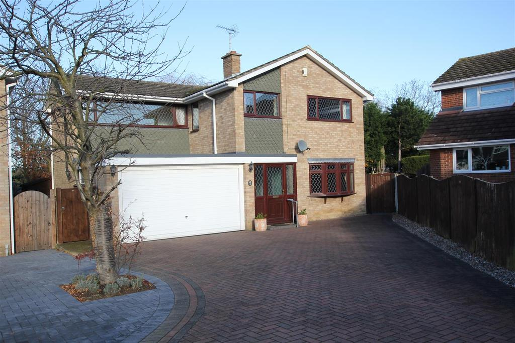 4 Bedrooms Detached House for sale in Bicknacre, Chelmsford