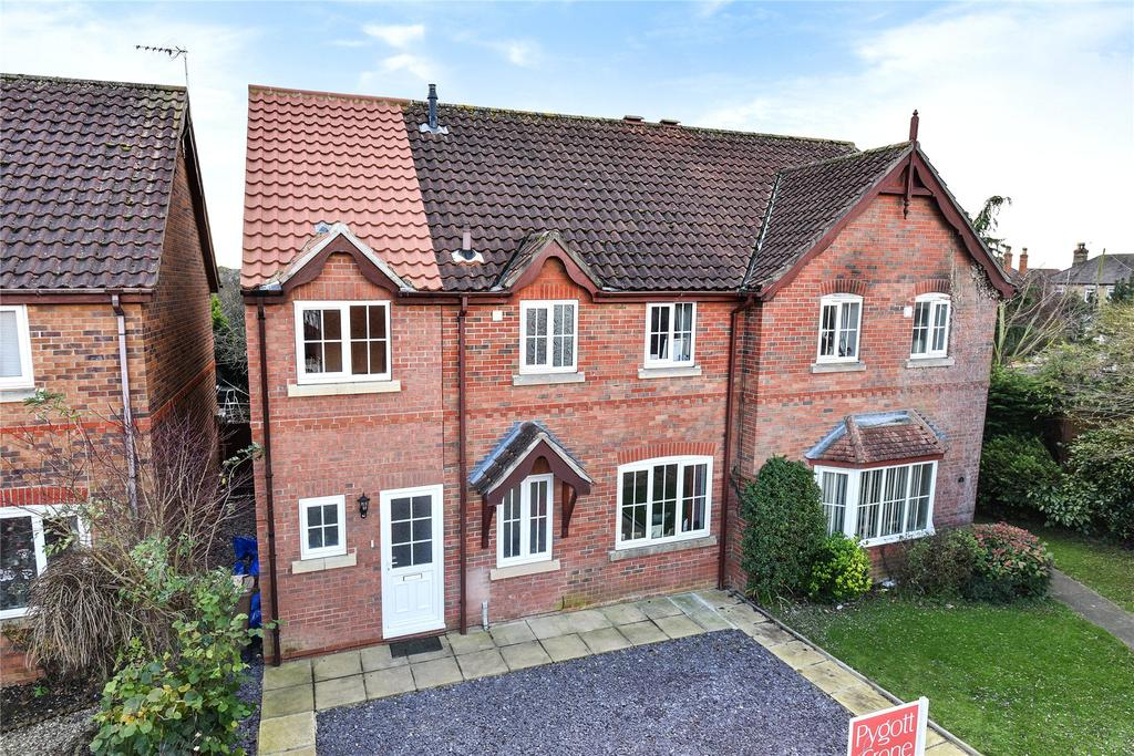 4 Bedrooms Semi Detached House for sale in Wellington Close, Heckington, NG34