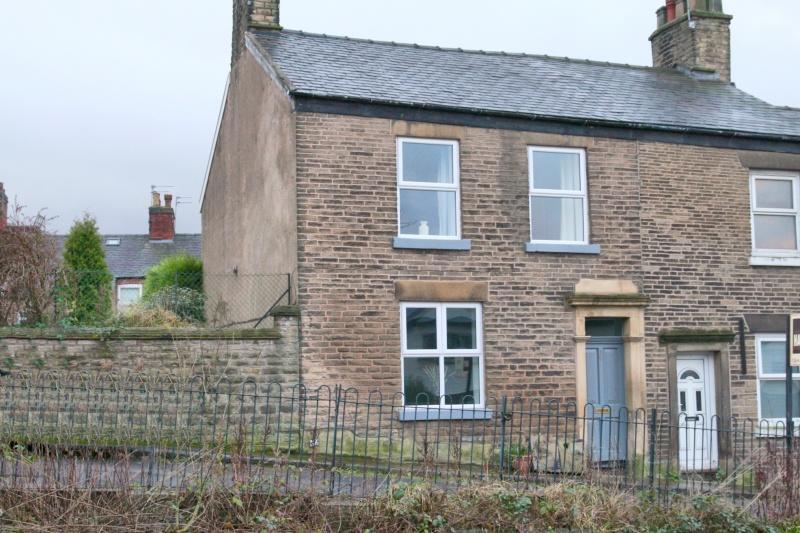 3 Bedrooms Terraced House for sale in Grimshaw Lane, Bollington, SK10