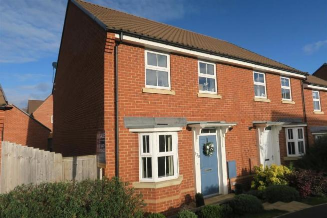 3 Bedrooms End Of Terrace House for sale in Collett Road, Taunton TA2