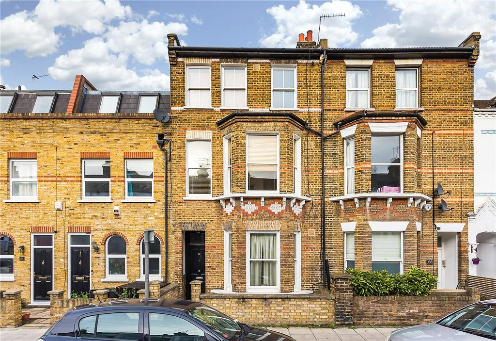 1 Bedroom Flat for sale in Disraeli Road, London, SW15