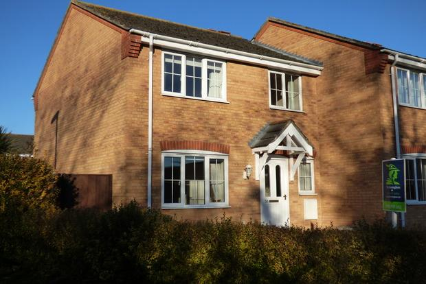 3 Bedrooms Semi Detached House for sale in Alexander Drive, Louth, LN11