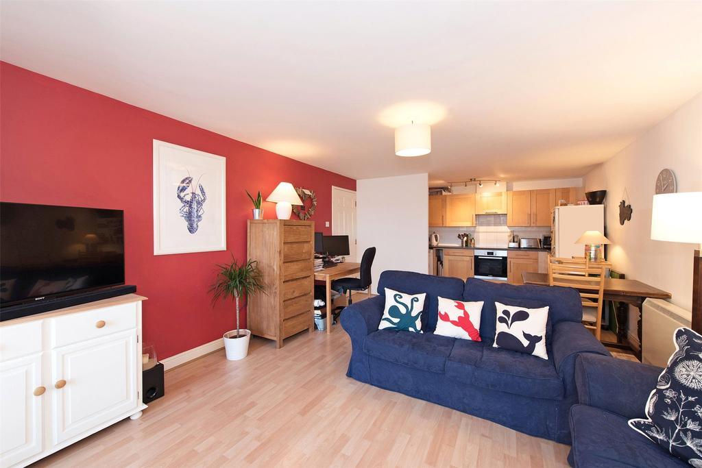 1 Bedroom Flat for sale in Greenfell Mansions, Glaisher Street, London, SE8