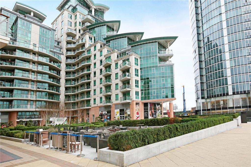 3 Bedrooms Flat for sale in Kestrel House, St Georges Wharf, Vauxhall, London