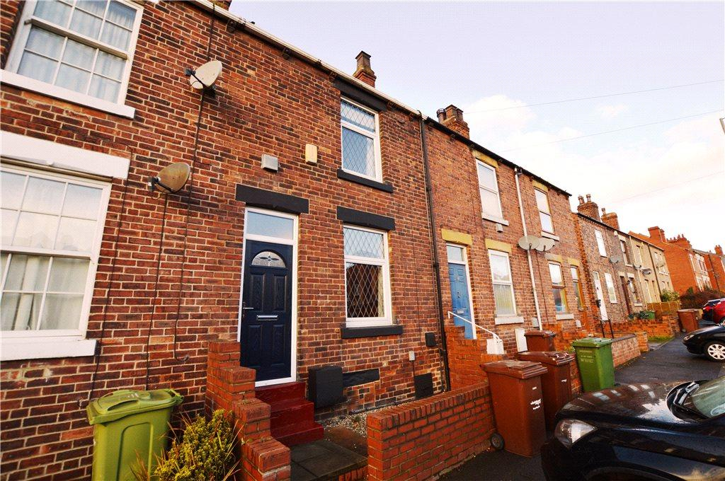 3 Bedrooms Terraced House for sale in Leeds Road, Wakefield, West Yorkshire