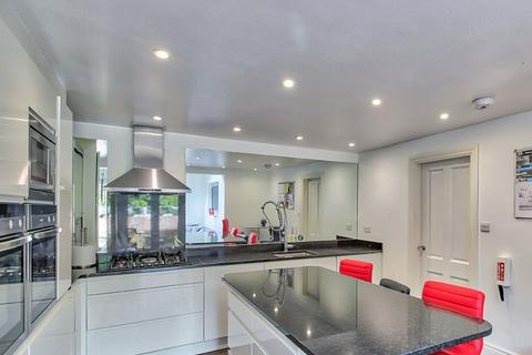 9 bedroom house to rent - Stanley Road, ,