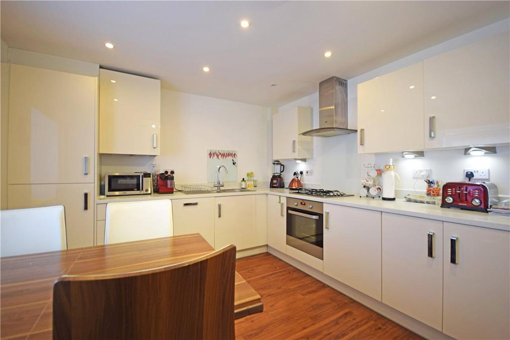 4 Bedrooms End Of Terrace House for rent in Huntsman Road, Trumpington, Cambridge, Cambridgeshire, CB2