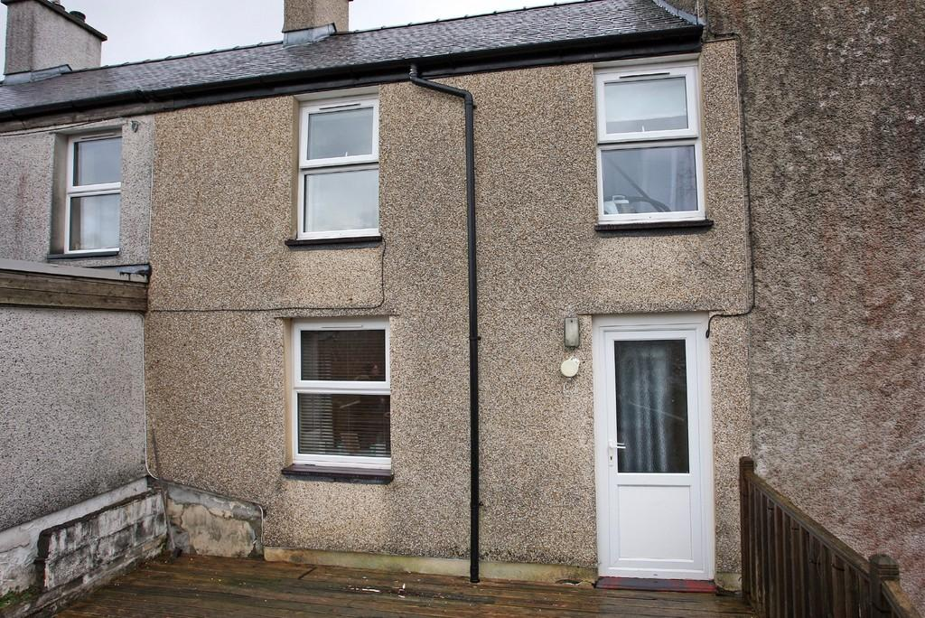 2 Bedrooms Terraced House for sale in Goronwy Street Number Three, Bethesda, North Wales