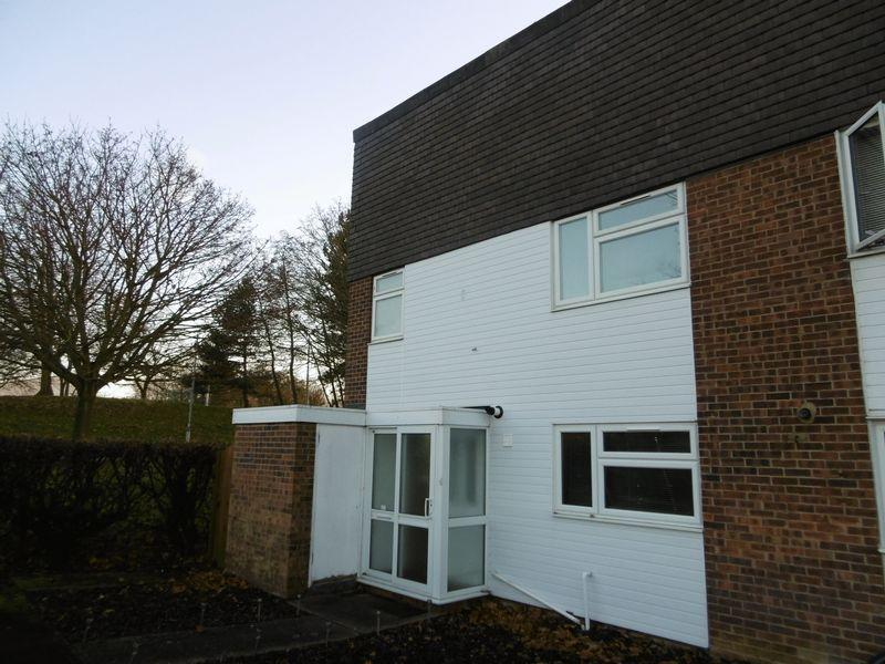 4 Bedrooms End Of Terrace House for sale in Little Cattins, Harlow, Essex