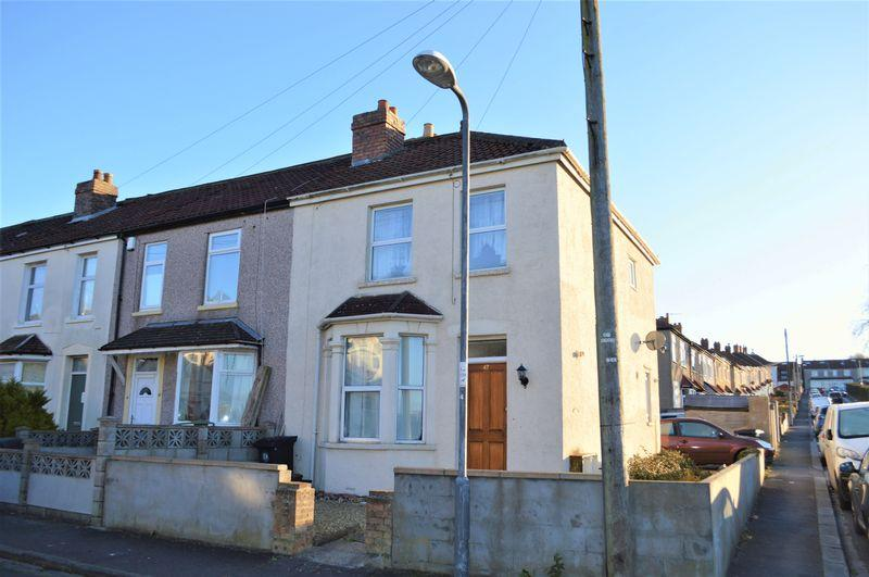 4 Bedrooms Terraced House for sale in Russell Road, Fishponds