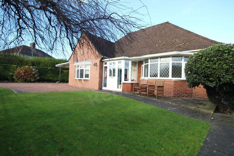 2 Bedrooms Detached Bungalow for sale in Burnfort Road, Newport
