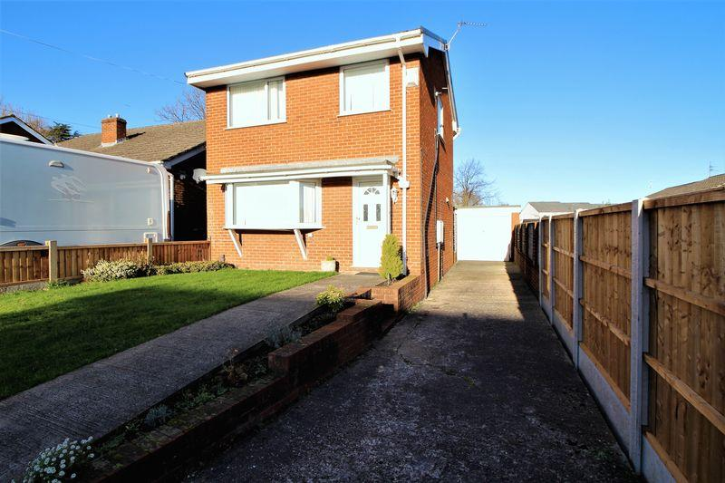 3 Bedrooms Detached House for sale in Mount Park, Higher Bebington