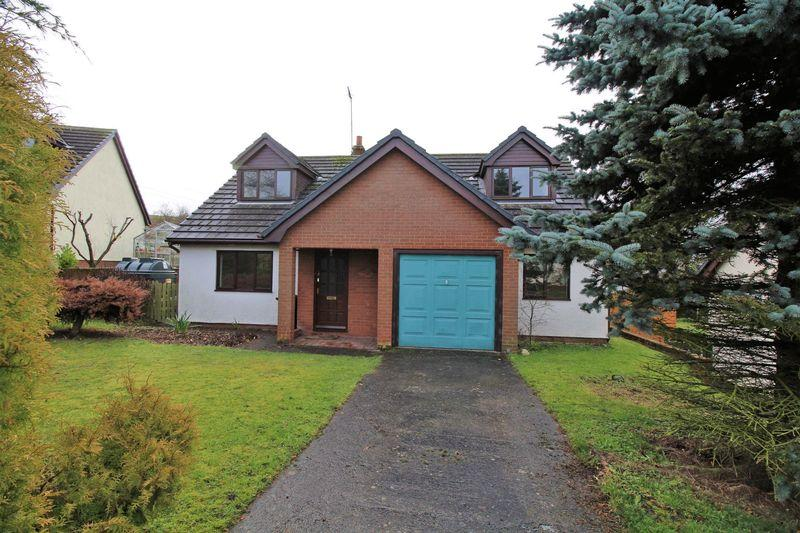 4 Bedrooms Detached House for sale in Maes Y Fedwen, Bryneglwys
