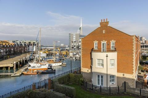 1 bedroom apartment to rent - Camber Place, Old Portsmouth