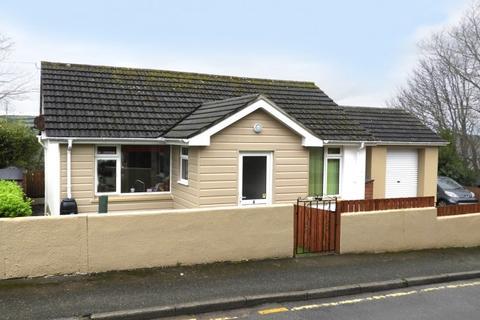 3 bedroom bungalow for sale - 6 Penview Crescent, Helston, TR13