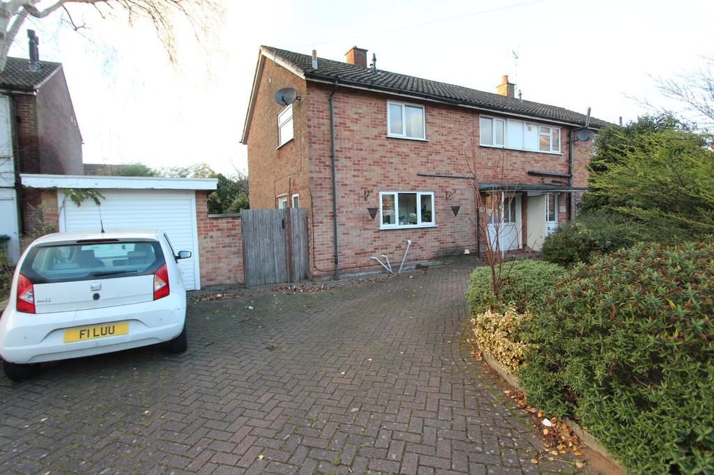 3 Bedrooms Semi Detached House for sale in St Johns Close, Knowle