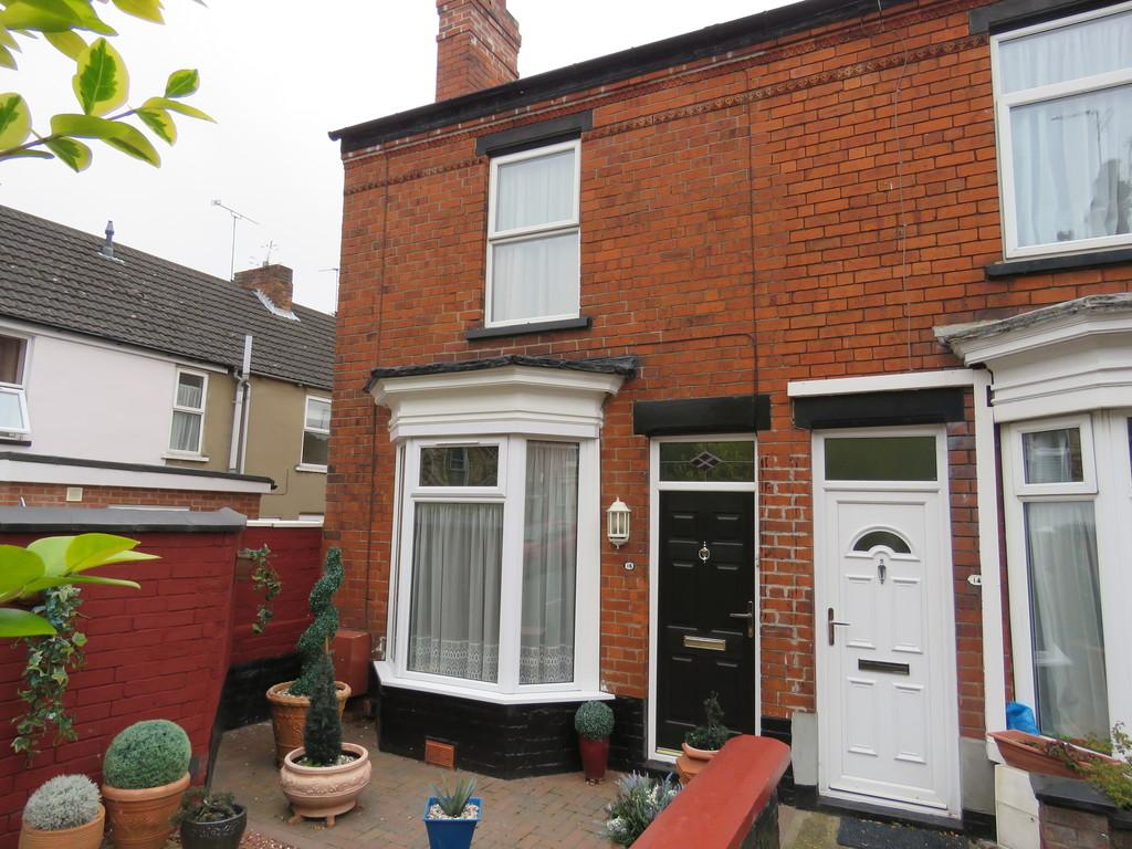 2 Bedrooms End Of Terrace House for sale in South Parade, Lincoln