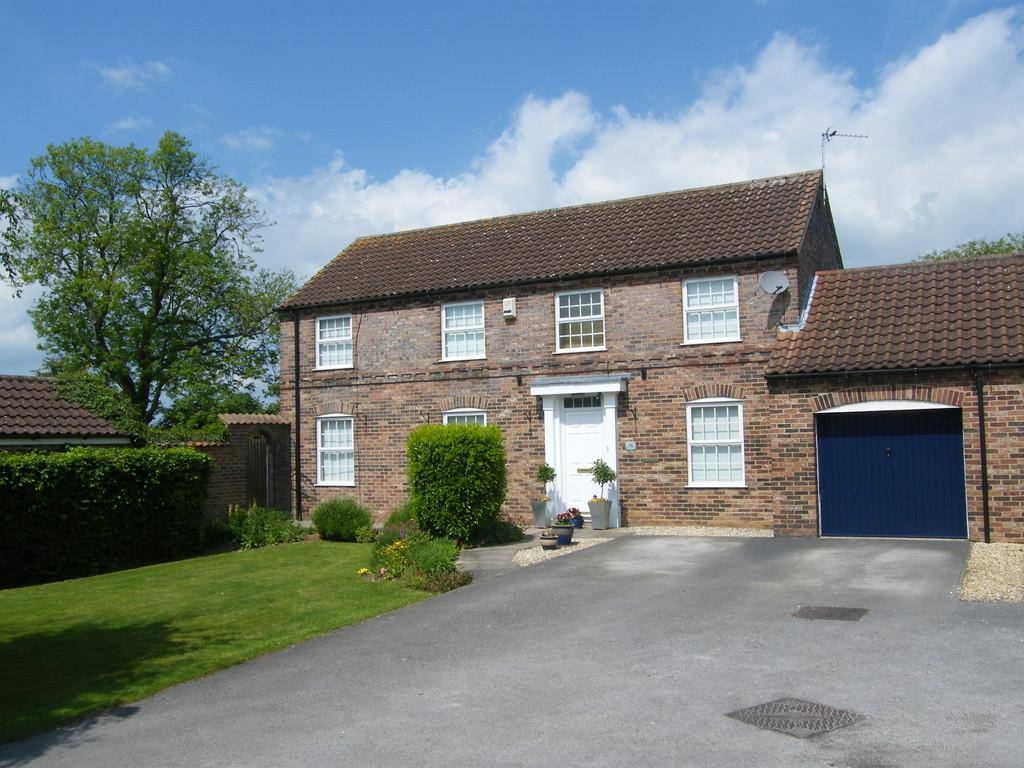 4 Bedrooms Link Detached House for sale in Holmes Way, Wragby, Market Rasen