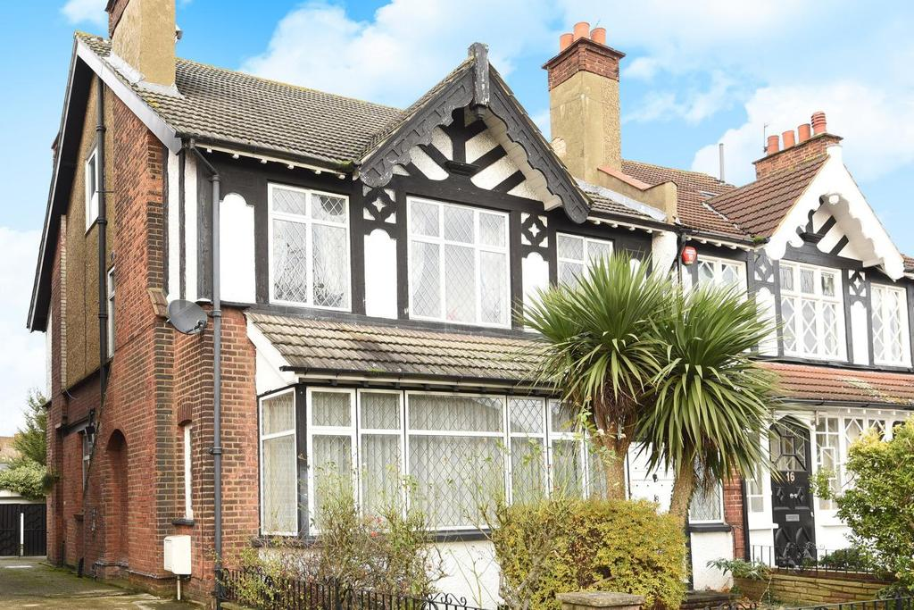 4 Bedrooms Semi Detached House for sale in Christchurch Avenue, North Finchley