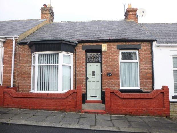 2 Bedrooms Terraced Bungalow for sale in QUEENS CRESCENT, HIGH BARNES, SUNDERLAND SOUTH