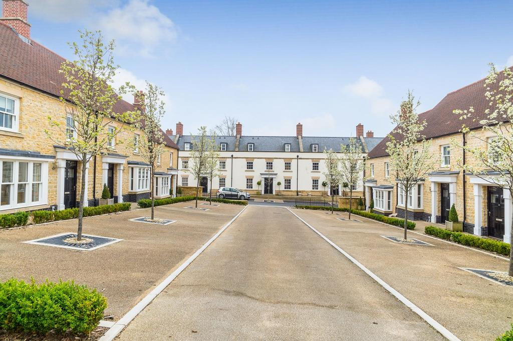 3 Bedrooms House for sale in Portman Square, Sherborne