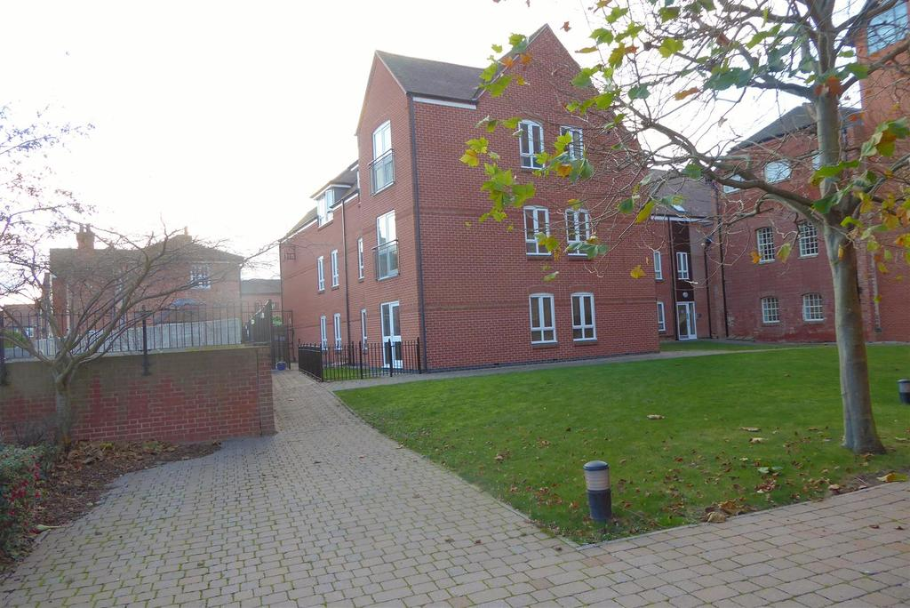 2 Bedrooms Flat for sale in Castle Brewery, Newark