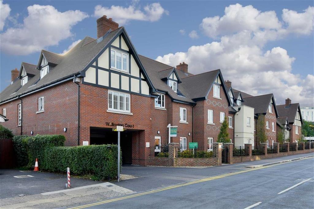 1 Bedroom Flat for sale in Wellington Court, Epsom, Surrey